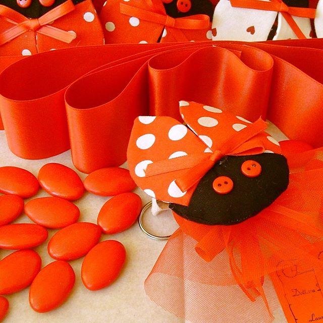 Confetti rossi per le occasioni speciali