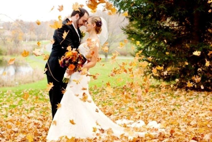 Super Matrimonio ad Ottobre: i vantaggi di una cerimonia in autunno  YW55
