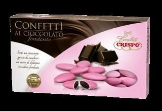 confetti-al-cioccolato-fond-rosa